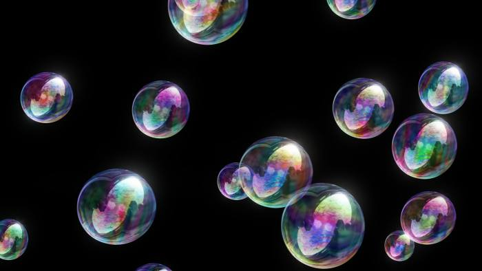 'Soap Bubbles 4k' - Colorful Fun Motion Background Loop-SampleStill